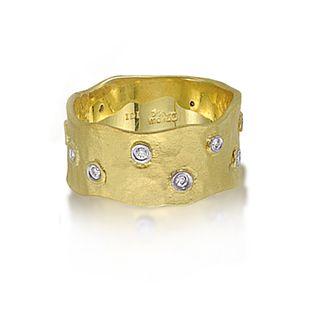 Hammered gold diamond ring