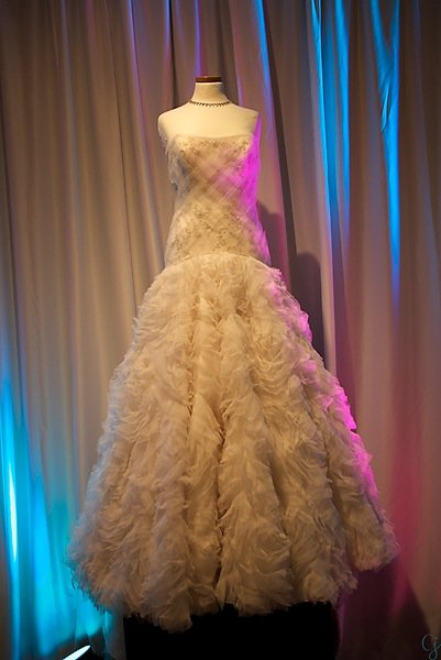 Solutions bridal gown