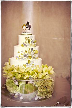 One love photo wedding cake 1