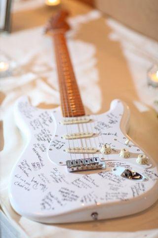 Guitar guest book