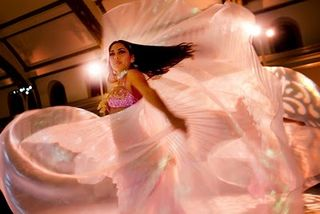 Belly_dancer_wedding
