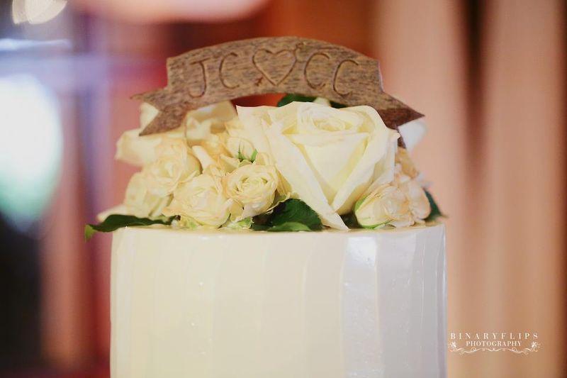Wooden cake top